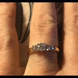 14k/ Plat Magic Glo Diamond Trinity Ring
